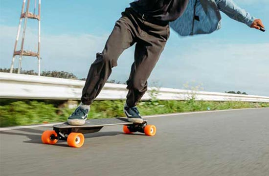 The Best Recommended Electric Skateboard – Boosted Plus